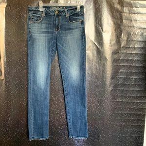American Eagle- Medium Wash Skinny Jeans size 12L